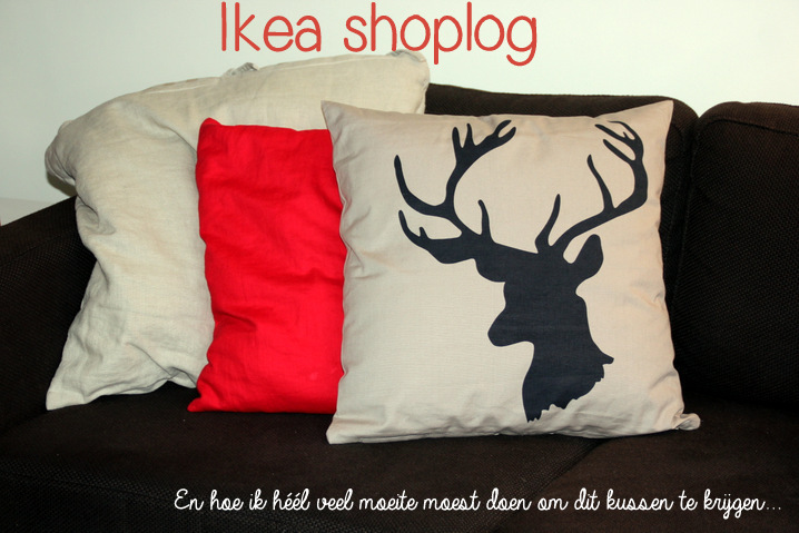 Rode Kussens Ikea : Ikea shoplog mijn strijd om het rendierkussen mariekevanwoesik.nl